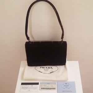 Prada Milano Velvet Mini Handbag 😍👌
